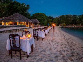 Sunset Beach Dining