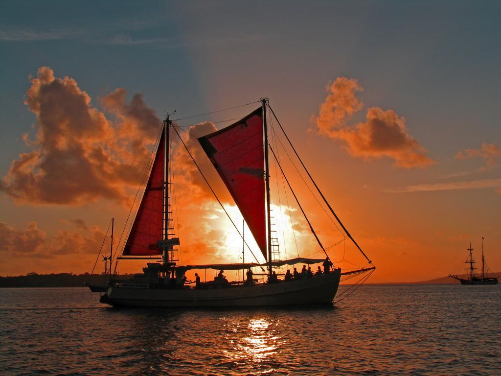 Sunset Cruise Vanuatu Tours